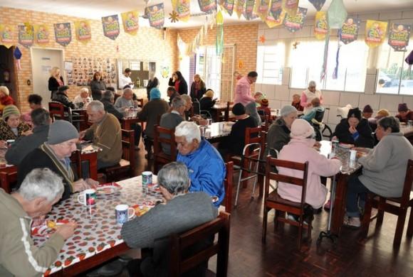 Café Solidário no Lar dos Idosos de Rio Negro