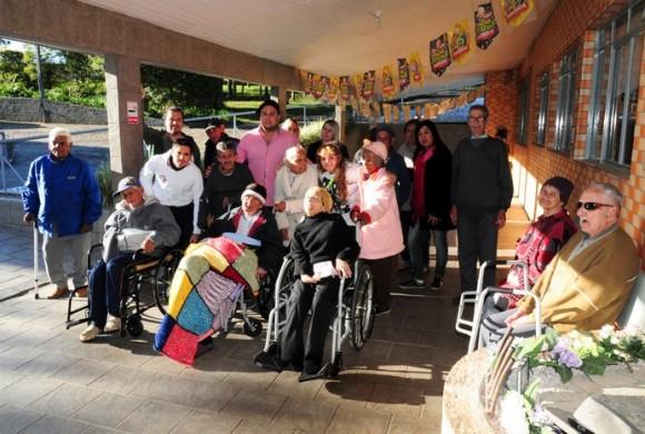 Lar do Idoso de Rio Negro recebe o evento Café Solidário