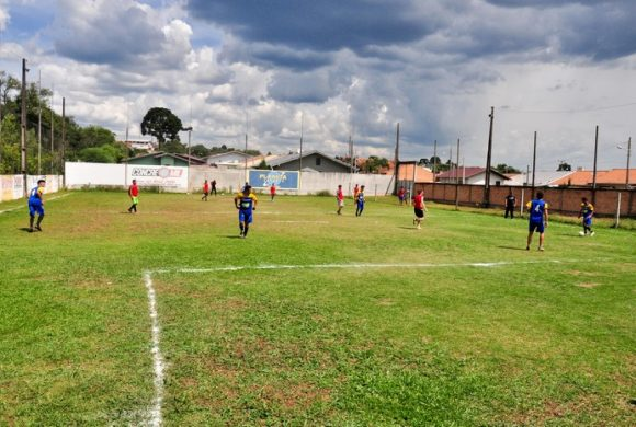 Circo Social promoveu torneio de futebol para arrecadar alimentos