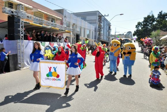 Circo Social participa do desfile de 7 de Setembro 2018 em Rio Negro