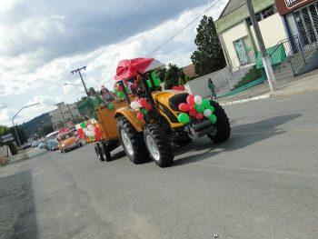 circo-social-no-desfile-natalino-de-rio-negro-12
