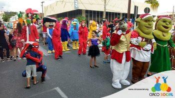 circo-social-no-desfile-natalino-de-rio-negro-2