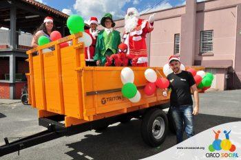 circo-social-no-desfile-natalino-de-rio-negro-37