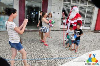 circo-social-no-desfile-natalino-de-rio-negro-57