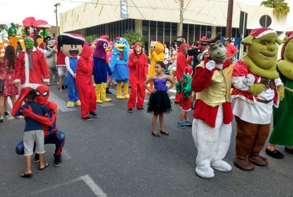 Circo Social no Desfile Natalino de Rio Negro
