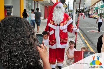 circo-social-no-desfile-natalino-de-rio-negro-64