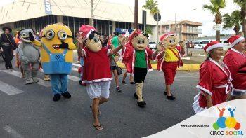 circo-social-no-desfile-natalino-de-rio-negro-7