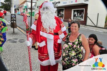 circo-social-no-desfile-natalino-de-rio-negro-73