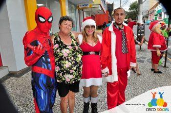 circo-social-no-desfile-natalino-de-rio-negro-74