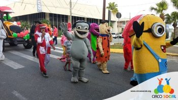 circo-social-no-desfile-natalino-de-rio-negro-9