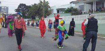 circo-social-participa-do-desfile-de-7-de-setembro-2019-em-mafra-11