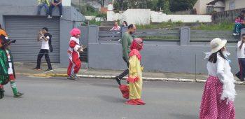 circo-social-participa-do-desfile-de-7-de-setembro-2019-em-mafra-13