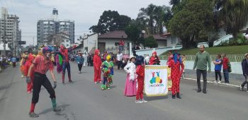 circo-social-participa-do-desfile-de-7-de-setembro-2019-em-mafra-18