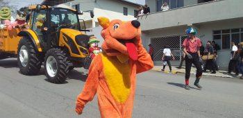 circo-social-participa-do-desfile-de-7-de-setembro-2019-em-mafra-27