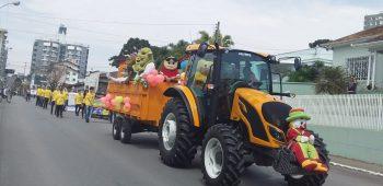 circo-social-participa-do-desfile-de-7-de-setembro-2019-em-mafra-36