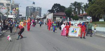 circo-social-participa-do-desfile-de-7-de-setembro-2019-em-mafra-46