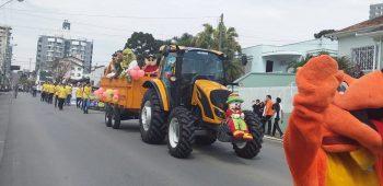 circo-social-participa-do-desfile-de-7-de-setembro-2019-em-mafra-5