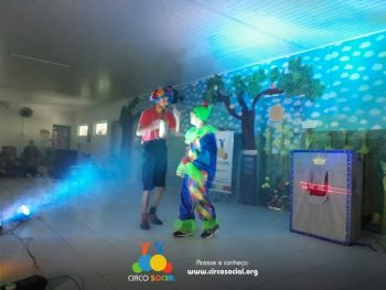 circo-social-realiza-circuito-cultural-do-dia-das-criancas-100