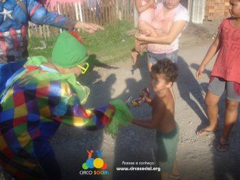 circo-social-realiza-circuito-cultural-do-dia-das-criancas-20