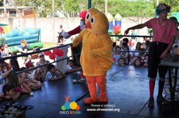 circo-social-realiza-circuito-cultural-do-dia-das-criancas-47