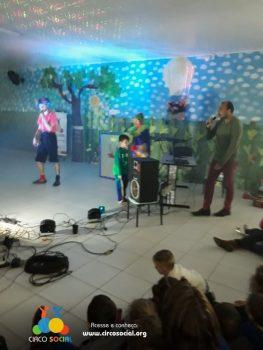 circo-social-realiza-circuito-cultural-do-dia-das-criancas-99