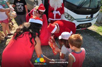 natal-solidario-2019-entrega-de-brinquedos-dia-23-19