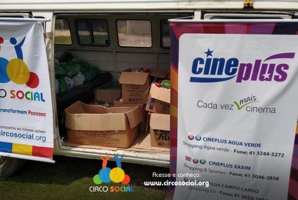 Circo Social distribui mais cestas básicas com alimentos arrecadados no Cineplus Emacite