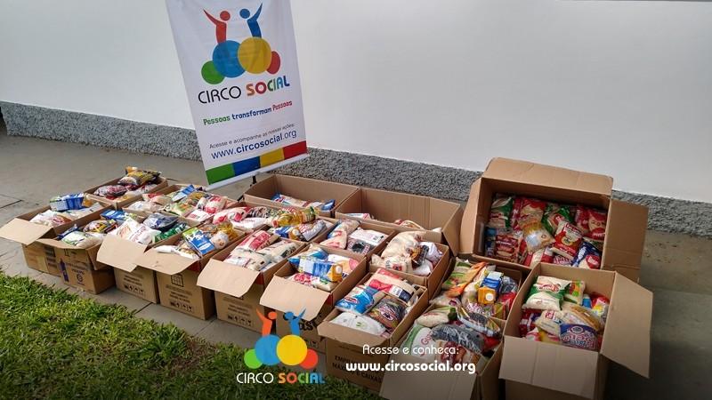 circo-social-distribuira-cestas-basicas-com-alimentos-arrecadados-no-cineplus-emacite-2