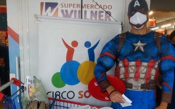 Circo Social está arrecadando alimentos e ração no Willner do Alto de Mafra