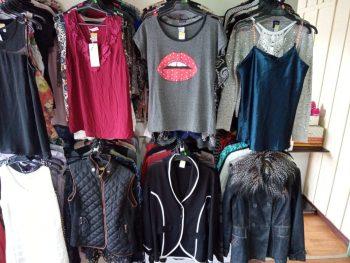 01-bazar-circo-social-roupas-1