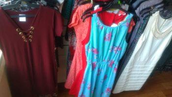 01-bazar-circo-social-roupas-10