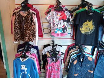 01-bazar-circo-social-roupas-29