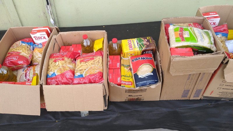 circo-social-distribui-cestas-basicas-para-familias-carentes-de-riomafra